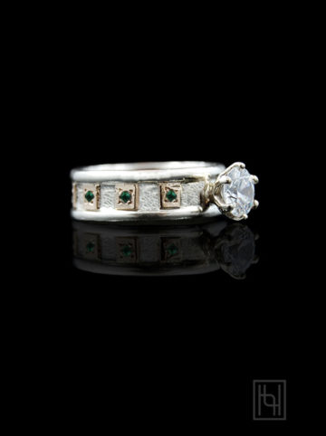 Color Blocks Solitaire Ring with Emerald Green Accents